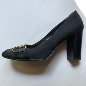Gucci green horsebit pumps size 38